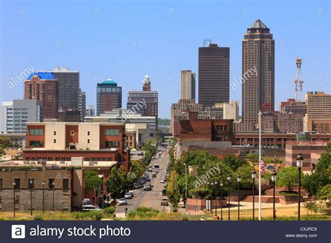 in des moines iowa skyline of downtown des moines iowa from steps of state