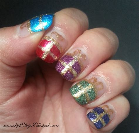 Gift Nails - stays polished with a dash of