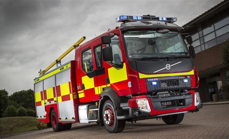 new volvo truck 2015 volvo trucks fired up for the emergency services show