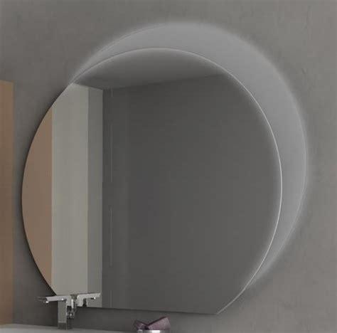 specchi particolari per bagno specchiere da bagno specchio per bagno modello sting a