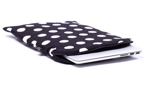 Home Design Ipad Pro zwarte polka stippen macbook hoes zwart