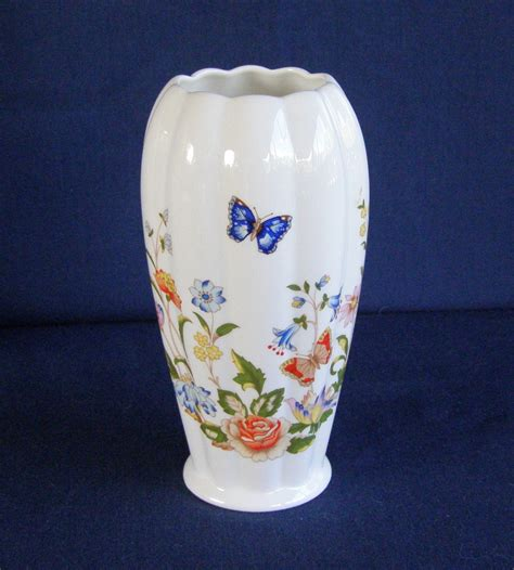 Aynsley Cottage Garden Vase by Aynsley Cottage Garden Floral Butterflies Bone