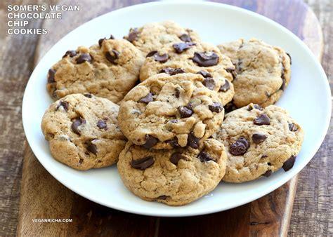 vegan chocolate chip cookies with coconut oil palm oil free recipe vegan richa