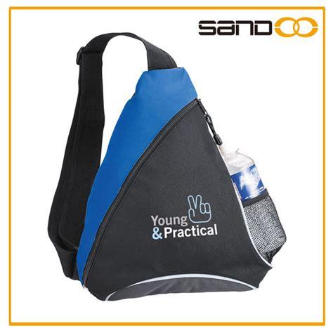 Slingbag Segitiga nama merek perguruan trendi tas selempang untuk anak laki laki rekreasi segitiga tas kurir tas