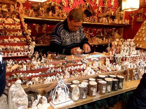 regolamento interno cooperativa produzione e lavoro il mercatino di natale di bolzano festeggia i 25 anni il