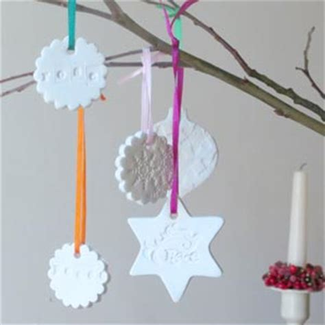 how to make simple clay christmas trees 30 beautiful diy ornaments to make