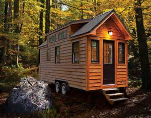 homes on wheels tiny living tiny home builders