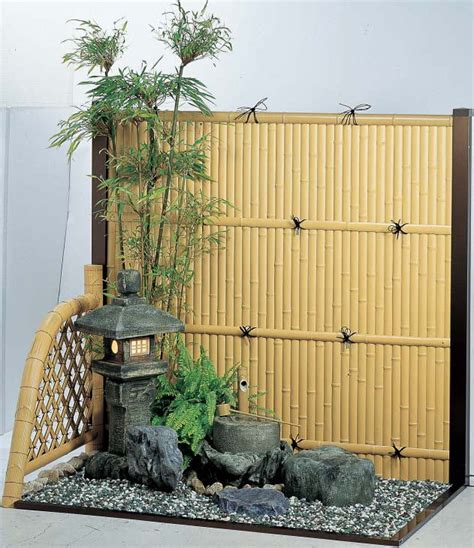 Small Home Japanese Garden あなたの家でも夕涼み ベランダを縁側風に変えるアイテムたち Iemo イエモ