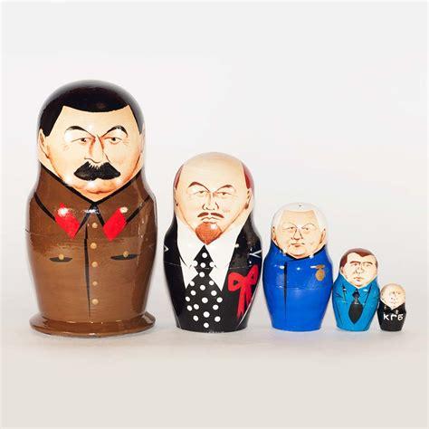 matryoshka nesting dolls russian dolls history