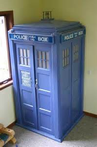 Tardis Wardrobe For Sale by 1000 Images About Tardis Door On The Doors