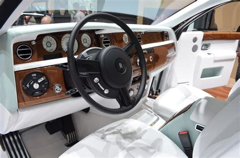 rolls royce gold interior 2018 rolls royce phantom serenity specs reviews on