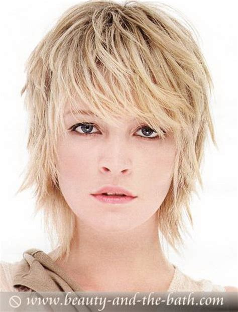 fine thin hairstyles for women layered and with round face short layered haircuts for fine hair