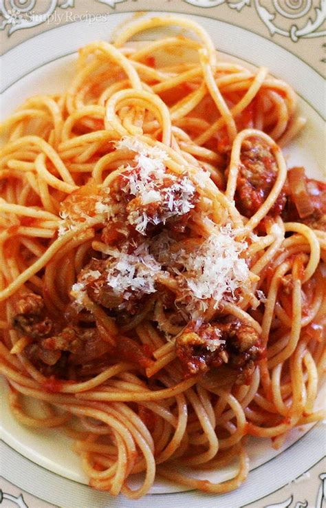 easy italian sausage spaghetti recipe simplyrecipescom