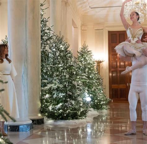 weihnachtsdekoration weisses haus 2017 weihnachtsdekoration melania und ihr eispalast in