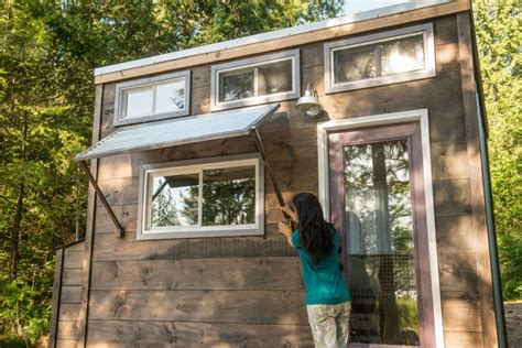 hgtv tiny house 19 things tiny house dwellers loves about living small tiny house big living hgtv