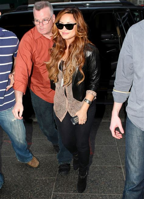 more pics of demi lovato ombre hair 1 of 15 ombre hair