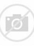 Beautiful Muslim Girl Praying
