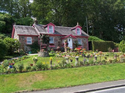 Luss Cottages by File Luss Rowanbank Cottage At Aldochlay Geograph Org