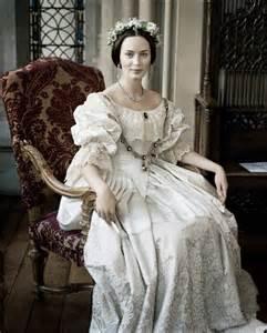 Emily blunt as queen victoria in her wedding dress