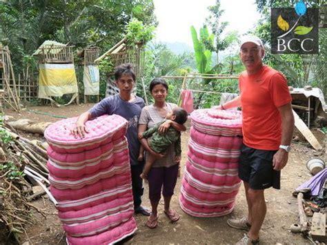 Kasur Kapuk Di Jakarta bantuan kasur bantal untuk keluarga putu suardana di br putung desa duda timur selat