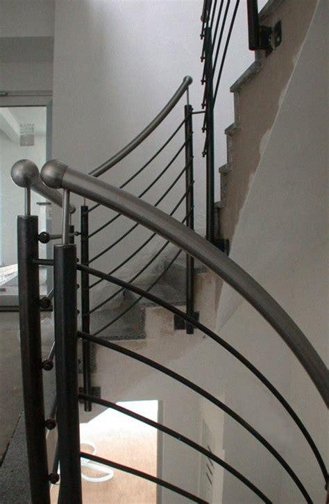 Treppengeländer Handlauf by Treppengel 228 Nder Handlauf Aus Edelstahl F 252 R Lurch