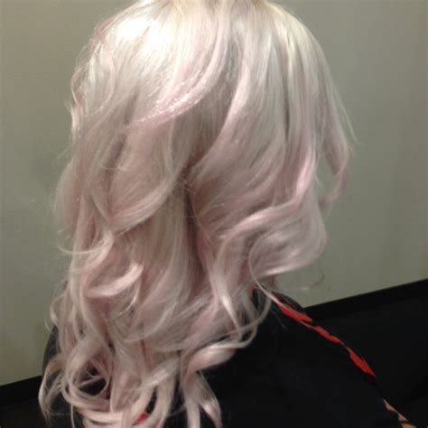 with platinum pink hair platinum with a pastel pink hue hair colors ideas