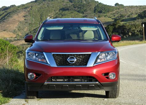 nissan pathfinder 2015 interior 2015 nissan pathfinder 4x4 interior infotainment cr2 the
