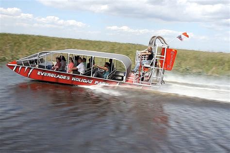 fan boat ride florida everglades airboat tours at everglades holiday park