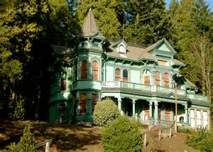 victorian house portland oregon