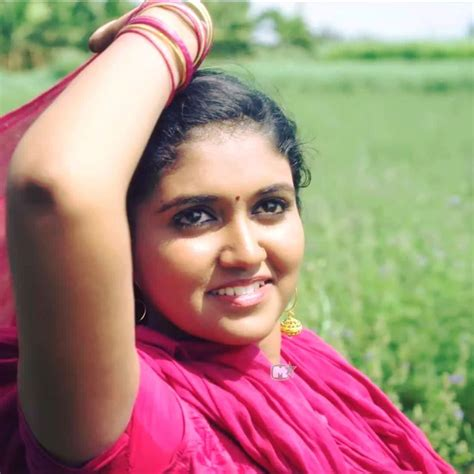 sairat hd photos com sairat movie actress rinku rajguru hd photos