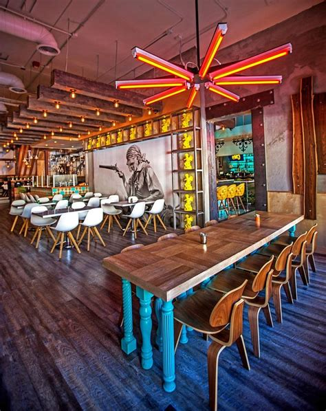 restaurant decorations 25 best ideas about mexican restaurant design on