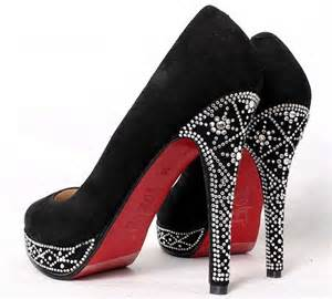 <strong>Christian</strong>_<strong>Louboutin</strong>_Eugenie_Pumps.jpg