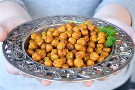 protein in chickpeas high protein snack attack 6 roasted chickpea snack recipes