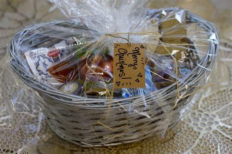 how to wrap gift basket last minute gift idea custom gourmet baskets ramshackle