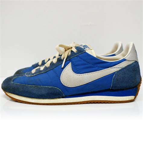 80 s sneakers 1970s 80s nike sneakers blue silver sz 8 5 the