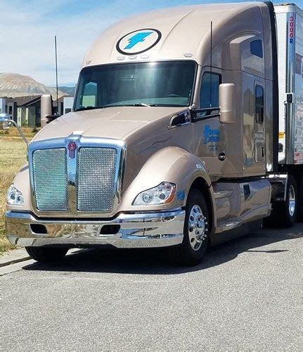 kenworth t680 engine kenworth t680 with paccar mx 13 engine demonstrates