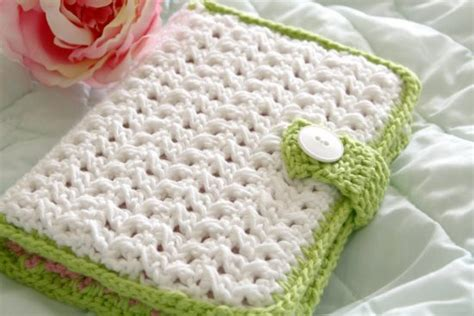 crochet pattern hook holder crochet hook case all the best patterns the whoot