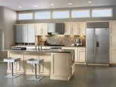Kraftmaid Kitchen Cabinet Hardware by 1000 Images About Kitchens Luxe Transitional On