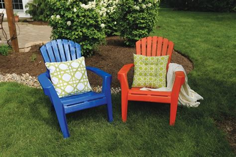Paint For Outdoor Plastic Furniture by Spray Paint Plastic Chairs How To Paint Plastic Lawn Chairs Krylon 174