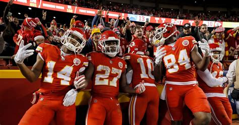 chargers vs chiefs score chargers vs chiefs 2017 live results score updates and