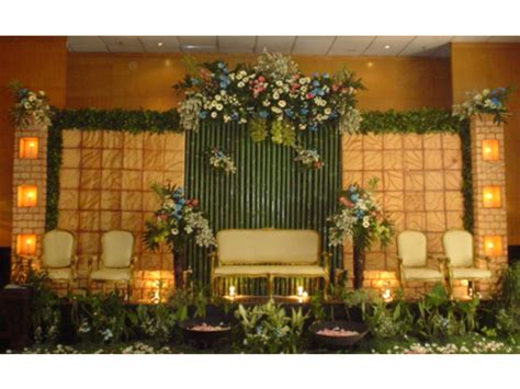 Berapa Kursi Bambu wedding decoration pelaminan model internasional