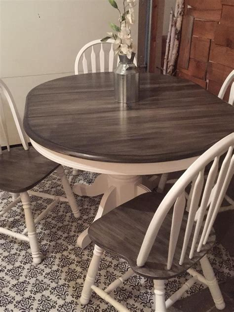 simple oak table  chairs   decorative rustic