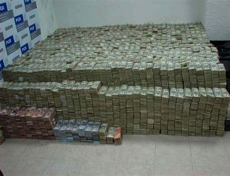 Pablo Escobar Money Room by El Chapo Money Room Www Pixshark Images Galleries