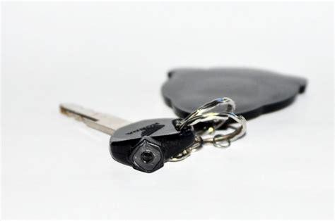 Cara Membuka Kunci Magnet Motor Vario tips solusi gang saat kunci pengaman magnet rusak