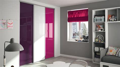 Charmant Les Meubles De La Chambre #5: chambre-placard-kazed-verre-laque-prune-blanc-fushia.jpg