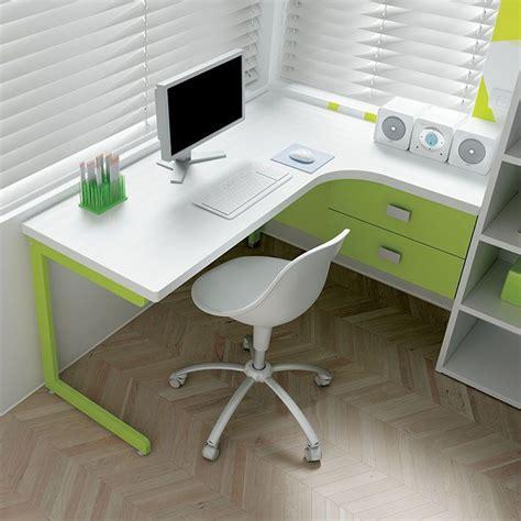 scrivania ad angolo le migliori 25 idee su angolo scrivania su
