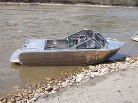 homemade aluminum fishing boat 25 best ideas about aluminium boats on pinterest