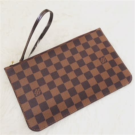 Clucth Lv louis vuitton brand new authentic lv clutch from