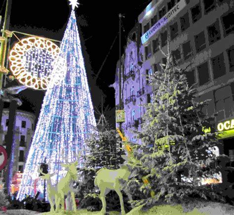 Imagenes Navidad Vigo | invasi 243 n en la quot gran manzana quot de vigo para el encendido