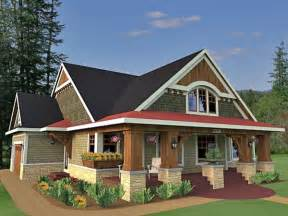 Traditional Craftsman Homes Bungalow Cottage Craftsman Traditional House Plan 42618